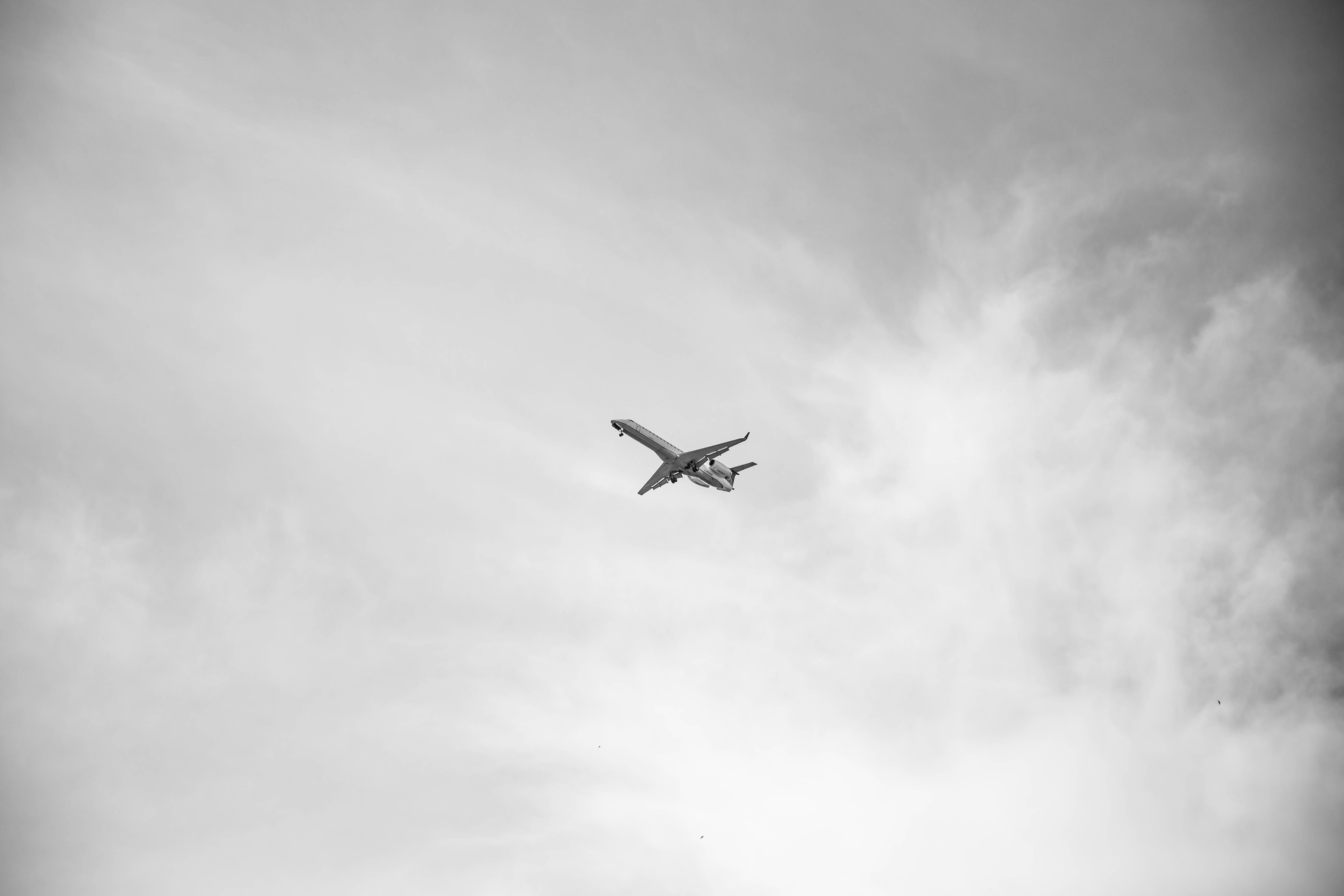 4 METALS USED IN AEROPLANE MANUFACTURE AND WHY THEY ARE USED
